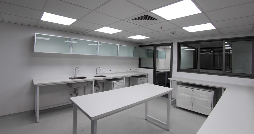 Falp - mobiliario clínico SOBEC