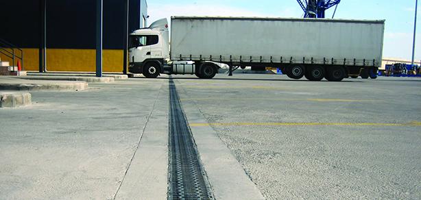 ACO S® Canal de concreto para tráfico intenso