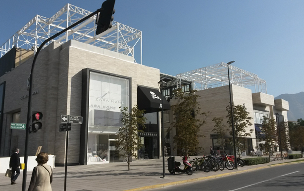 Canaletas Insytec ULMA Mall Casa Costanera
