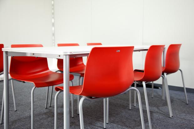 Habilitación de Icubo en la Universidad del Desarrollo con mobiliario Fursys