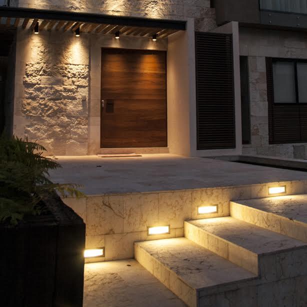 Iluminación exterior embutidos a muro
