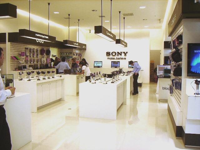 Mobiliario Staron® en Sony Antofagasta