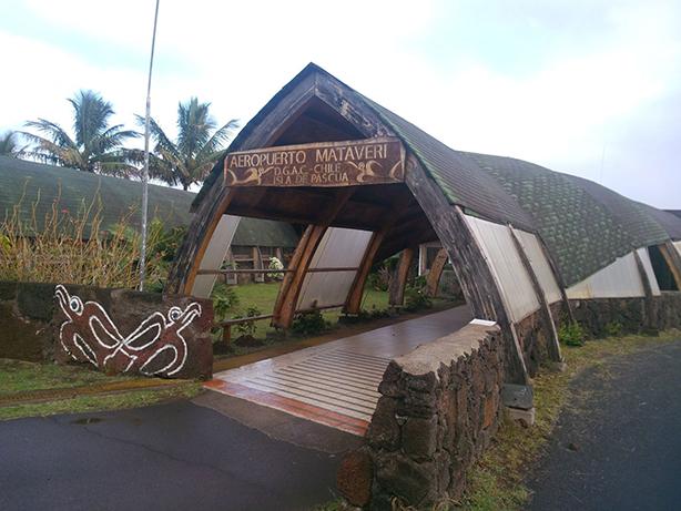 Palmex Rio en el Aeropuerto Mataveri en Isla de Pascua