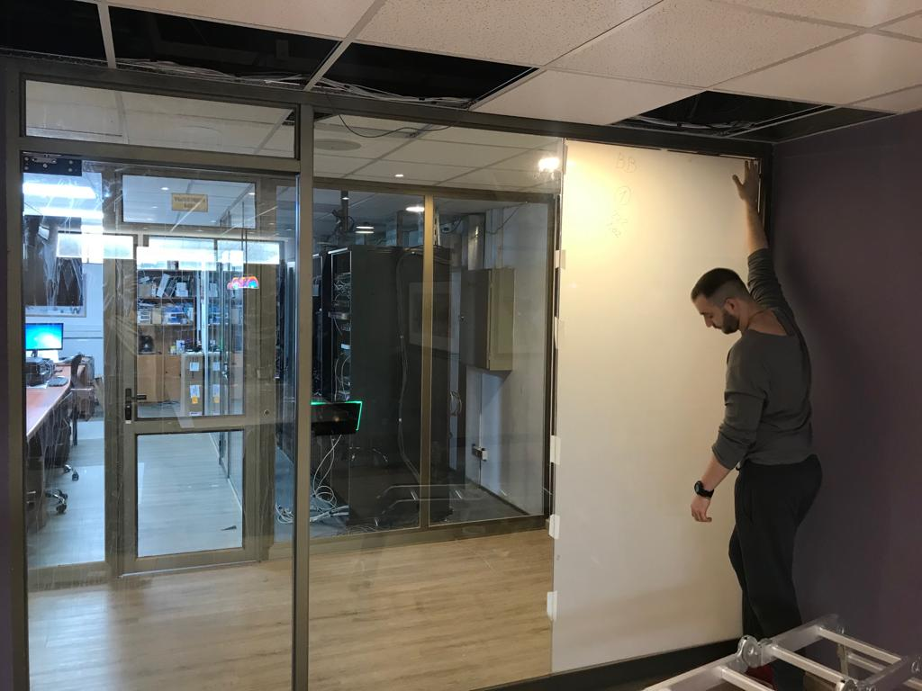 Instalación film mágico - oficinas