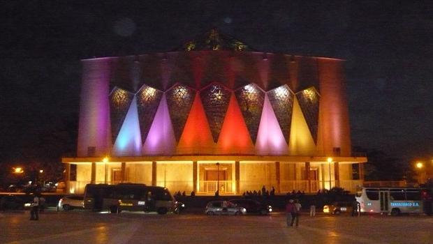Proyectos con luminarias de Generación Led para fachadas