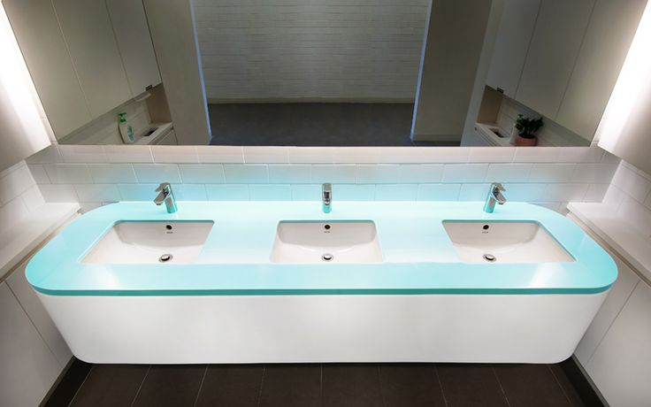 Superficies para baños Staron