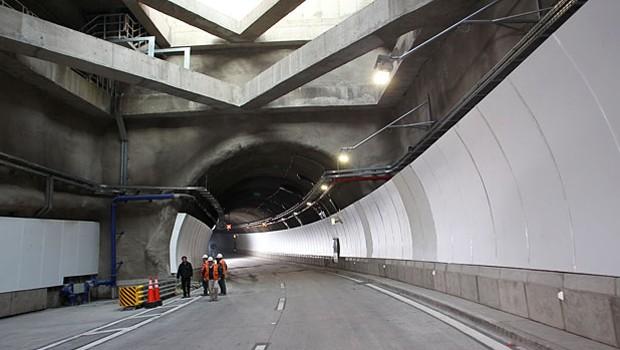 Túnel Vivaceta primero en Costanera Norte con iluminación LED