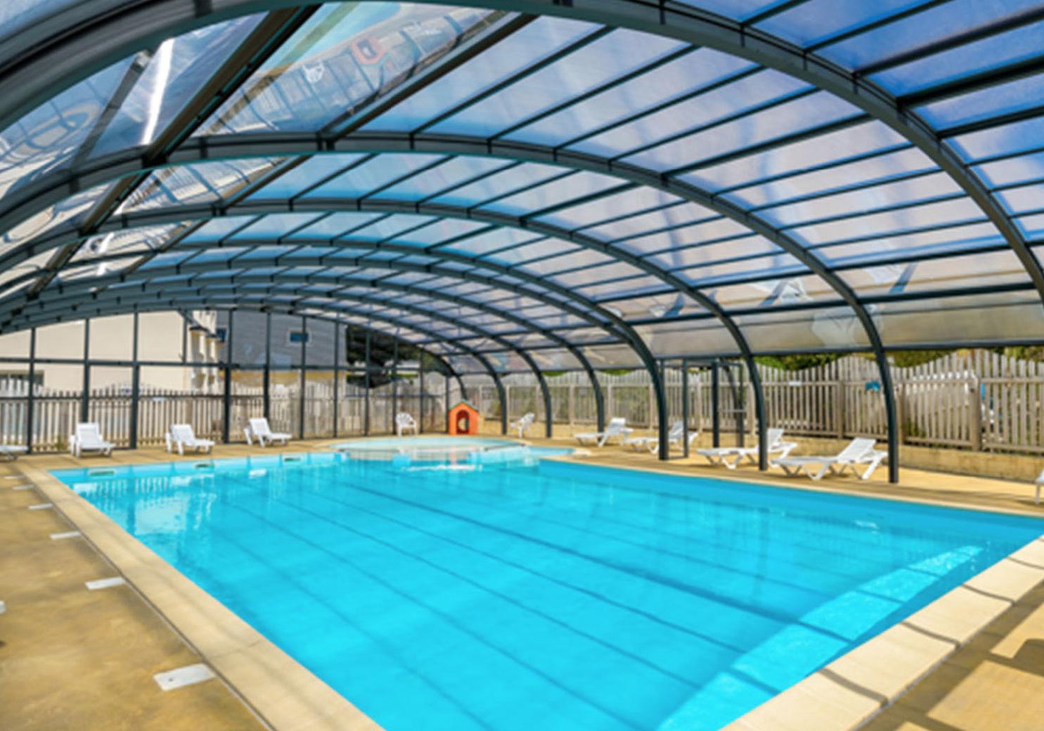 Cubierta de policarbonato fija para piscina