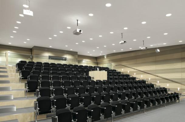 Iluminación para cada espacio de educación